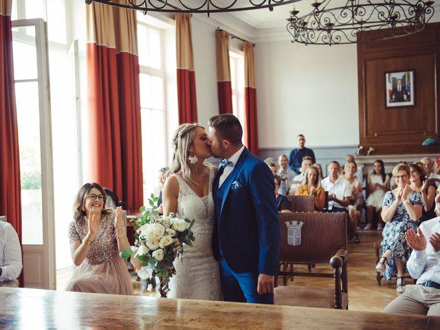 Le mariage de Thomas et Elise à Châtillon-sur-Chalaronne, Ain 43