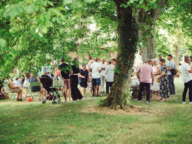 Le mariage de Thomas et Elise à Châtillon-sur-Chalaronne, Ain 97