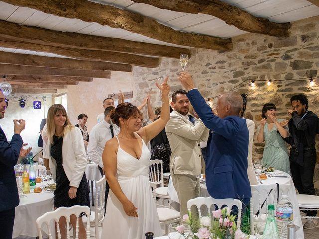Le mariage de Patrick et Julia à Briec, Finistère 44
