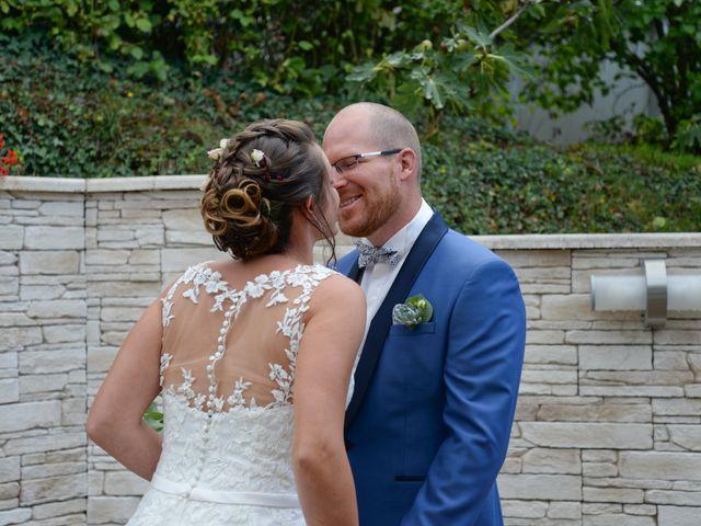 Le mariage de Edouard et Alexia à Saint-Jean-de-Bournay, Isère 8