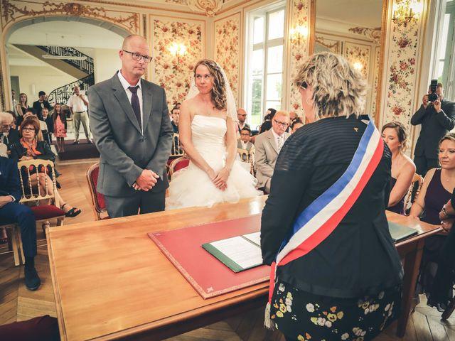 Le mariage de Frédéric et Caroline à Savigny-le-Temple, Seine-et-Marne 32