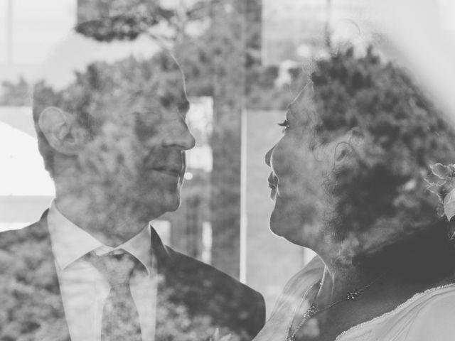 Le mariage de Christophe et Anne-Christine à Granville, Manche 19
