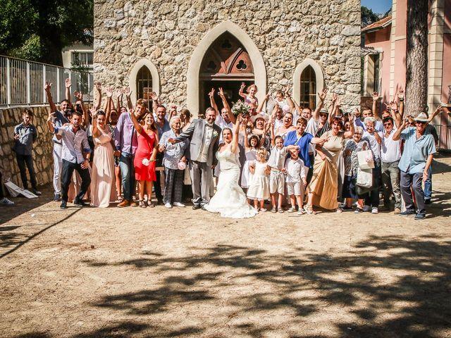 Le mariage de Rene et Laetitia à Gourdon, Alpes-Maritimes 12