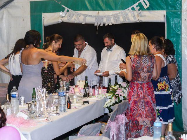 Le mariage de Rene et Laetitia à Gourdon, Alpes-Maritimes 21