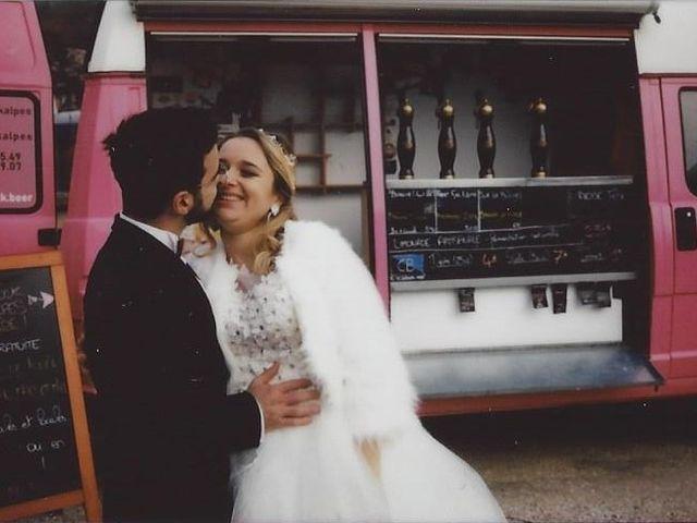 Le mariage de Valentin et Veronika à Saint-Pierre-d'Entremont, Orne 2