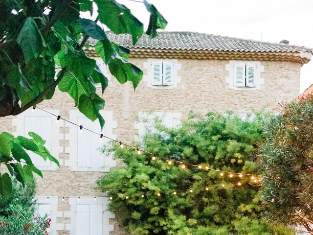 Le mariage de Adrien et Alexandra à Althen-des-Paluds, Vaucluse 59