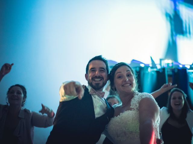 Le mariage de Vincent et Cloé à Vendeuvre-du-Poitou, Vienne 15