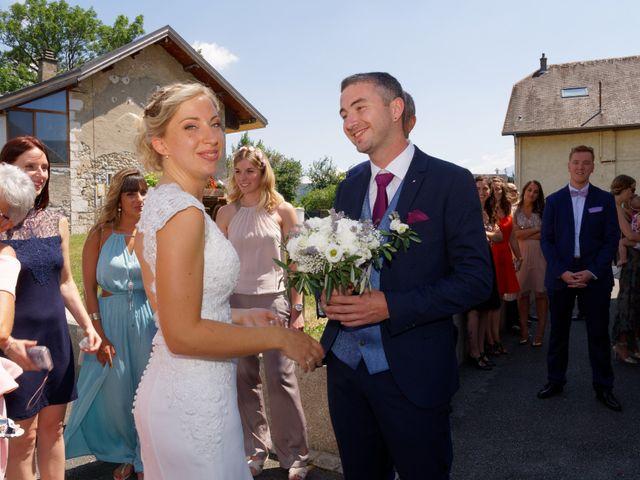 Le mariage de Mikael et Fanny à Sonnaz, Savoie 12