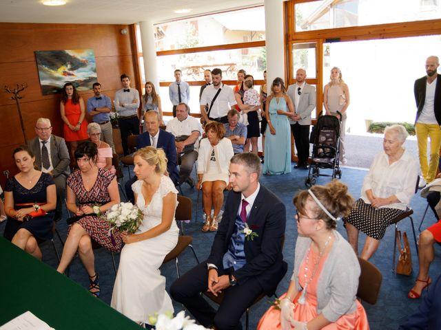 Le mariage de Mikael et Fanny à Sonnaz, Savoie 13