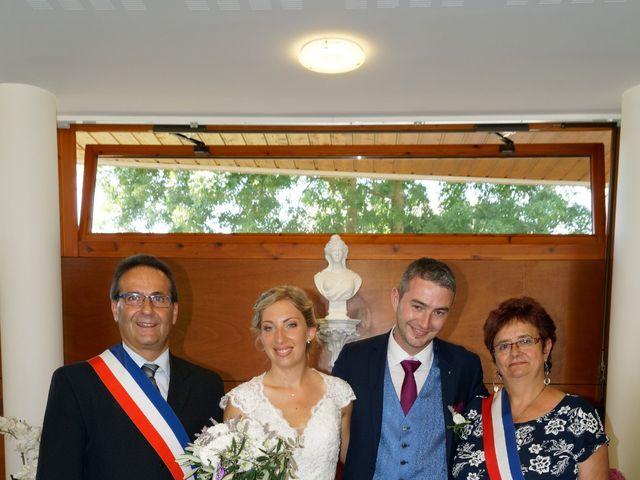 Le mariage de Mikael et Fanny à Sonnaz, Savoie 14