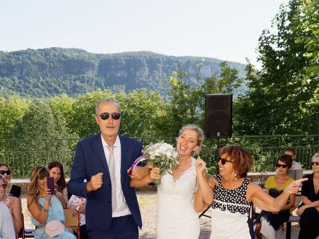 Le mariage de Mikael et Fanny à Sonnaz, Savoie 18