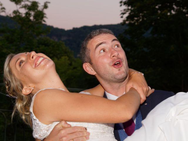 Le mariage de Mikael et Fanny à Sonnaz, Savoie 24