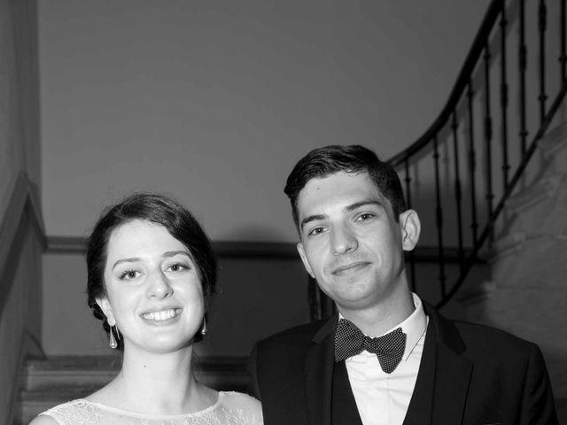 Le mariage de Arnaud et Caroline à Saint-Laurent-sur-Saône, Ain 7