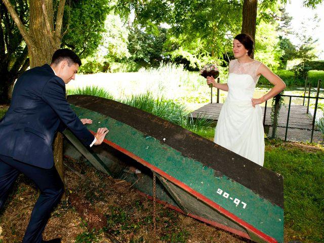 Le mariage de Arnaud et Caroline à Saint-Laurent-sur-Saône, Ain 1