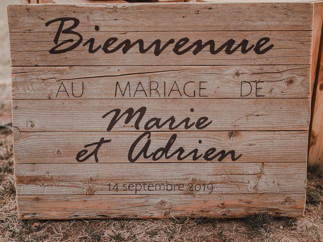 Le mariage de Adrien et Marie à Saint-Dier-d'Auvergne, Puy-de-Dôme 42