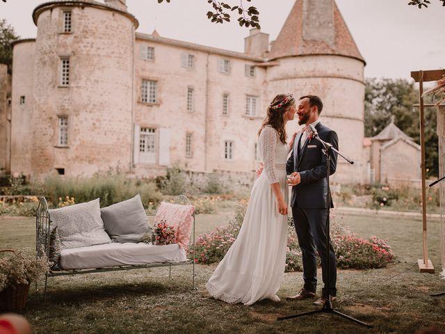 Le mariage de Adrien et Marie à Saint-Dier-d'Auvergne, Puy-de-Dôme 63