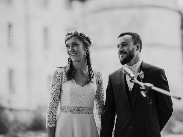 Le mariage de Adrien et Marie à Saint-Dier-d'Auvergne, Puy-de-Dôme 64