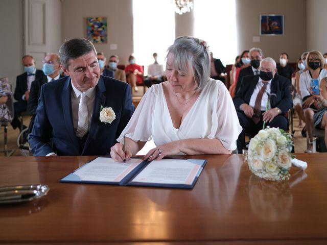 Le mariage de Rémy et Vinciane à Olivet, Loiret 16