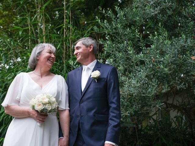 Le mariage de Rémy et Vinciane à Olivet, Loiret 19