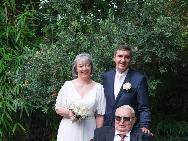 Le mariage de Rémy et Vinciane à Olivet, Loiret 20