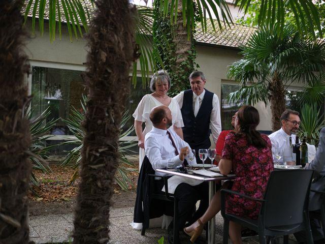 Le mariage de Rémy et Vinciane à Olivet, Loiret 21
