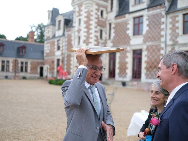 Le mariage de Rémy et Vinciane à Olivet, Loiret 48