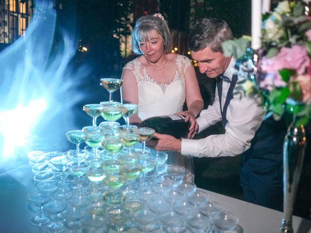 Le mariage de Rémy et Vinciane à Olivet, Loiret 89