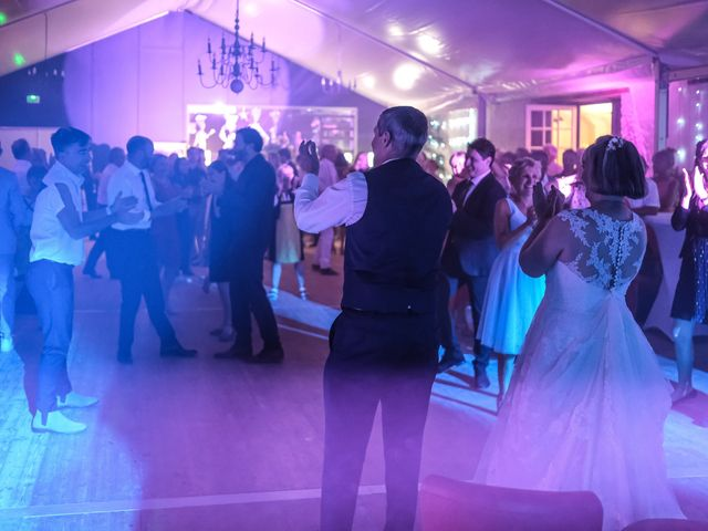 Le mariage de Rémy et Vinciane à Olivet, Loiret 100