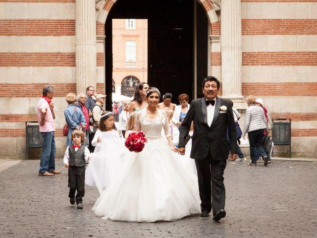 Le mariage de Nicolas et Araceli à Toulouse, Haute-Garonne 33