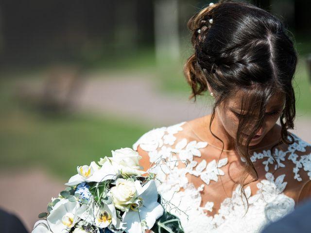 Le mariage de Pauline et Alexandre à Feuguerolles-Bully, Calvados 22