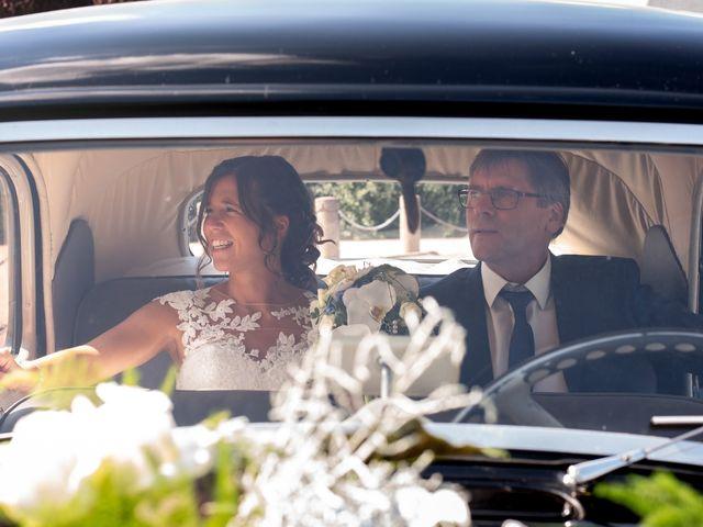 Le mariage de Pauline et Alexandre à Feuguerolles-Bully, Calvados 26