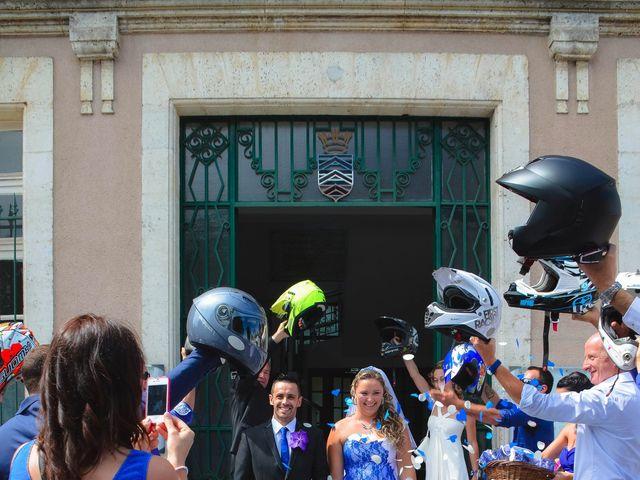 Le mariage de Cedric et Laura à La Rochefoucauld, Charente 8