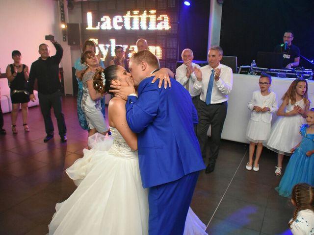 Le mariage de Sylvain  et Laëtitia  à Saint-Maximin-la-Sainte-Baume, Var 20