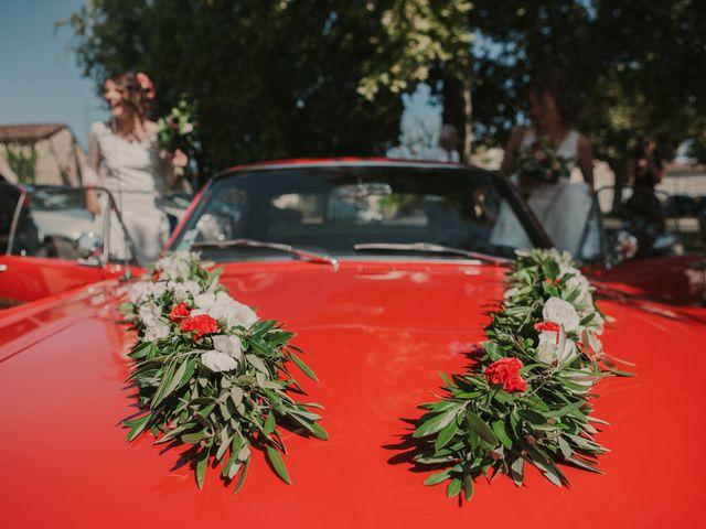 Le mariage de Coralie et Sarah à Loubens, Gironde 8