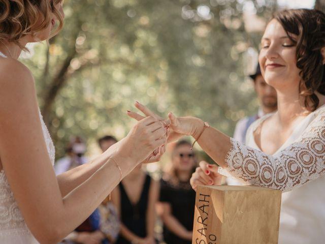 Le mariage de Coralie et Sarah à Loubens, Gironde 11