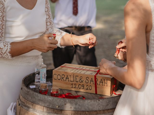 Le mariage de Coralie et Sarah à Loubens, Gironde 12