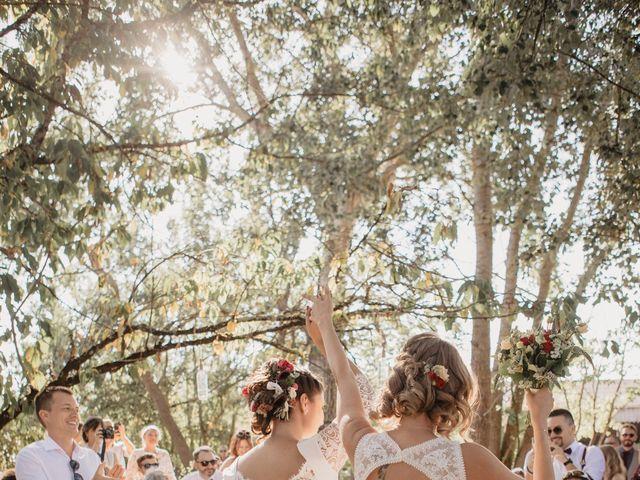 Le mariage de Coralie et Sarah à Loubens, Gironde 16