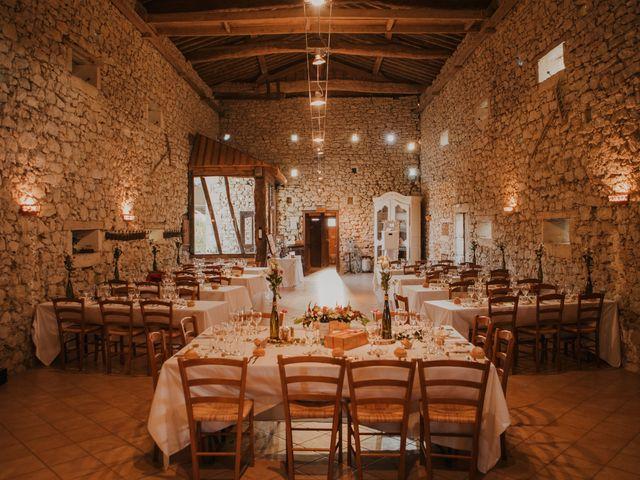 Le mariage de Coralie et Sarah à Loubens, Gironde 23