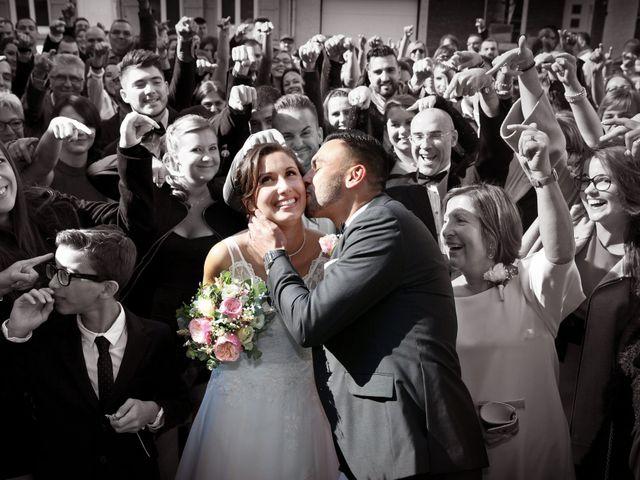 Le mariage de Simon et Sarah à Comines, Nord 16