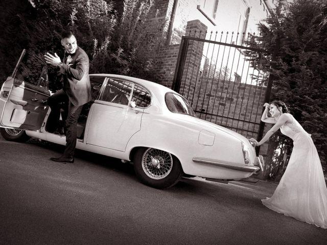 Le mariage de Simon et Sarah à Comines, Nord 31