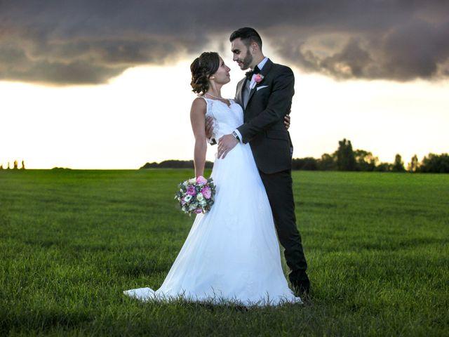 Le mariage de Simon et Sarah à Comines, Nord 32