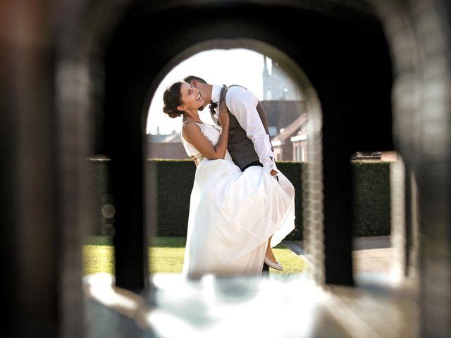 Le mariage de Simon et Sarah à Comines, Nord 2
