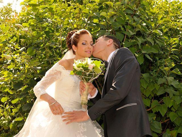 Le mariage de Nils et Chloe à Neufgrange, Moselle 2