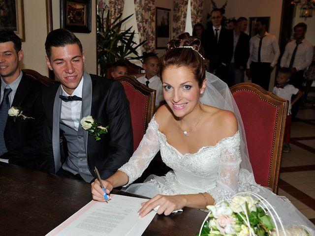 Le mariage de Nils et Chloe à Neufgrange, Moselle 21
