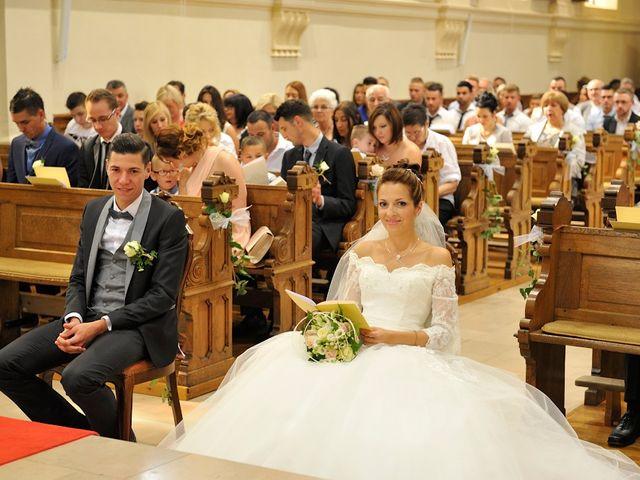 Le mariage de Nils et Chloe à Neufgrange, Moselle 27