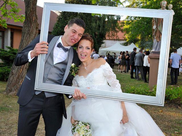 Le mariage de Nils et Chloe à Neufgrange, Moselle 52