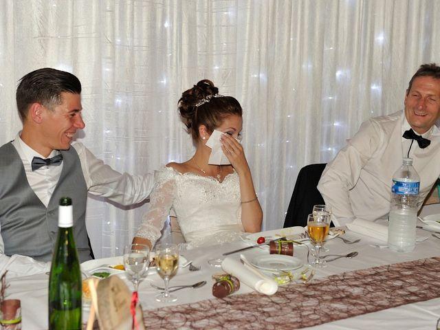 Le mariage de Nils et Chloe à Neufgrange, Moselle 74