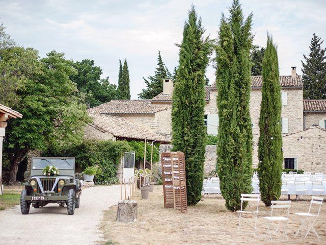 Le mariage de Benjamin et Valentine à Grignan, Drôme 11