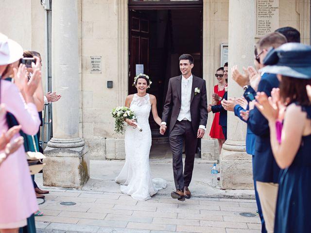 Le mariage de Benjamin et Valentine à Grignan, Drôme 35