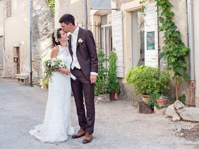 Le mariage de Benjamin et Valentine à Grignan, Drôme 44